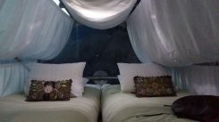 skylodge pod Sacred Valley Peru